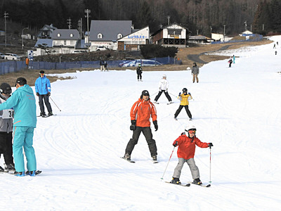 木曽町のきそふくしまスキー場  ようやくオープン