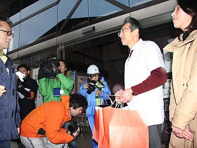 リゾート列車「雪月花」へ弁当提供再開 大火で全焼の料亭