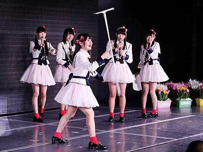 NGT48劇場が1周年 メンバーとファン、一体感楽しむ