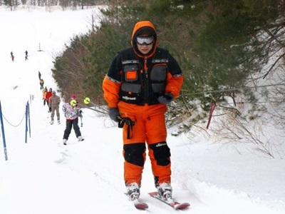 待ってたよ初滑り 平スキー場オープン
