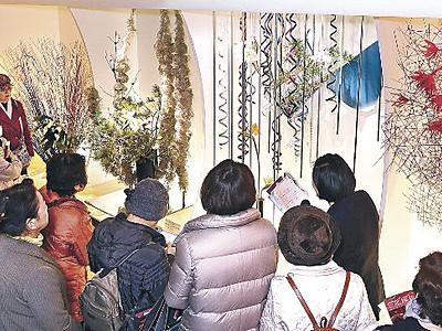 伝統の気品、現代の躍動 北國花展、めいてつ・エムザ
