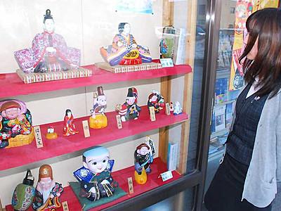 春呼ぶ「ひな市」心待ち 中野で31日から、土人形展示即売