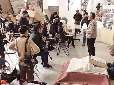 国宝再現像 世界が注目 高岡、5カ国メディア取材