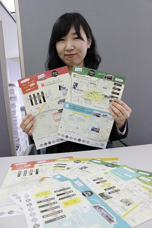 駅を起点としたウオーキングコースを案内するマップ=北日本新聞社