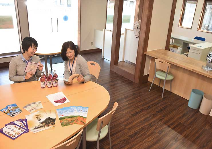 しなの鉄道田中駅にオープンする「東御市観光情報ステーション」