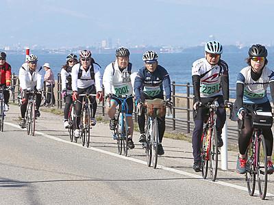 景色楽しみ ぐるっと快走 富山湾岸サイクリング