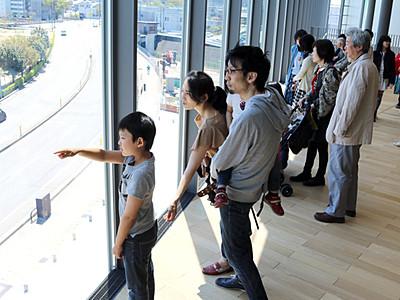 入館者10万人に迫る 部分開館の富山県美術館
