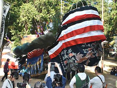 巨大なお船、ダイナミック 安曇野・住吉神社で祭り