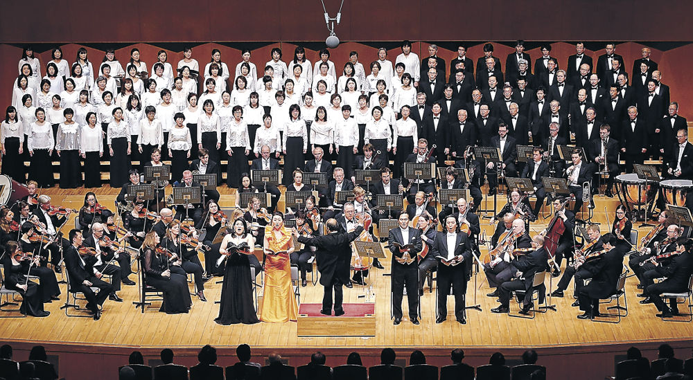 北陸第九祝祭合唱団が高らかに声を響かせた交響曲第9番=石川県立音楽堂