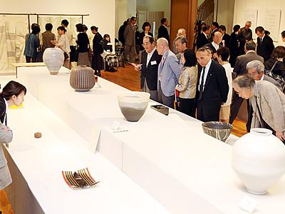 日本伝統工芸富山展が開幕 高岡市美術館