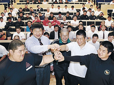 高校相撲交歓会 金沢大会へ健闘誓う