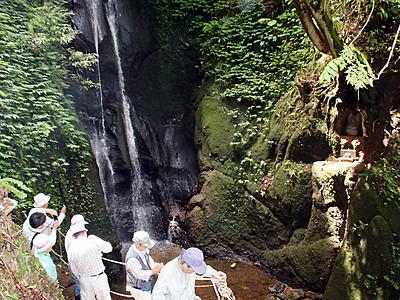 上市の「まま子滝」を観光資源に 町が遊歩道整備
