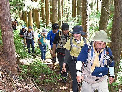 戸隠「大ウォーク」7年ぶり開催へ 1泊2日で約30キロ
