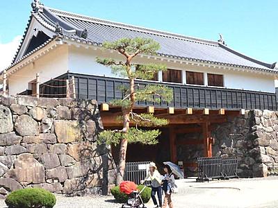 松本城太鼓門内部 常時公開を検討