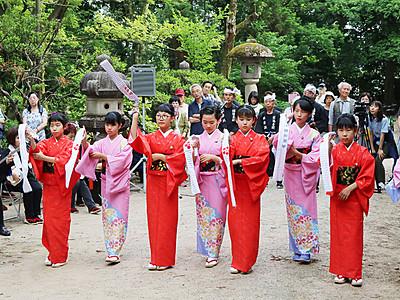 奉納踊り情緒豊か 高岡・御印祭本祭
