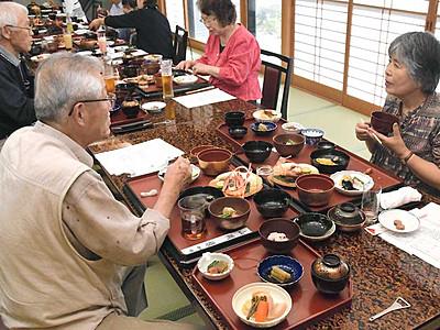 「まろやか」江戸期の婚礼料理 安曇野で文書基に再現