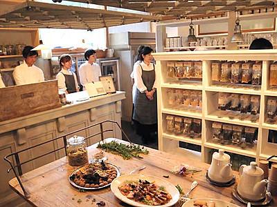軽井沢「ハルニレテラス」に新店舗 「スパイスのある暮らしを」