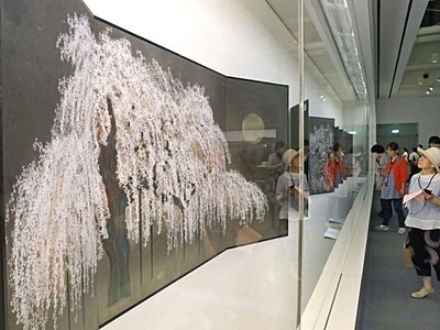 圧倒革新の日本画 8日から加山又造展 長岡・近代美術館