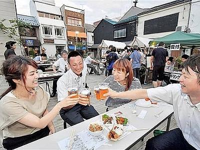 商店街で毎週末ビアガーデン 福井・新栄「趣ある」