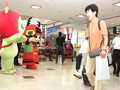 松本―大阪線、今夏も 松本空港、限定運航始まる