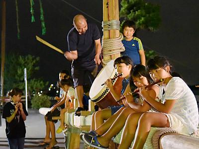 たてもん祭り4日開幕 笛や太鼓、準備万端