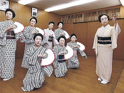 品格ある舞台へ磨き 来月の金沢おどりに向け主計町の芸妓