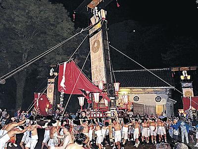 7年ぶり大キリコ乱舞 輪島で曽々木大祭