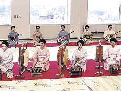 お座敷太鼓に磨き 金沢おどり、15日開幕