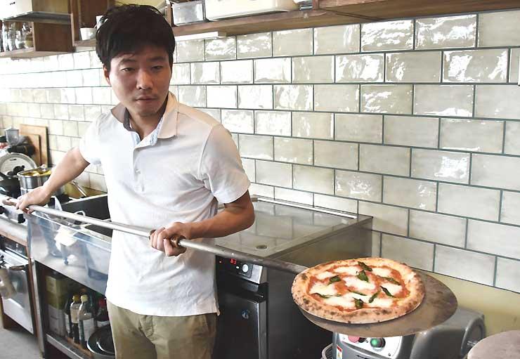 ピザ作り体験を実施する「kadokko」