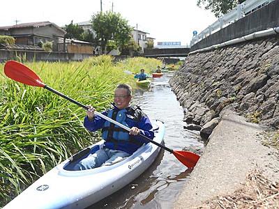 諏訪湖生かすまち「水面」で探る 観光業者らカヌー体験会