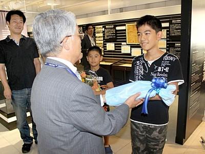 新津鉄道資料館 改装後の来館20万人に E4系など人気
