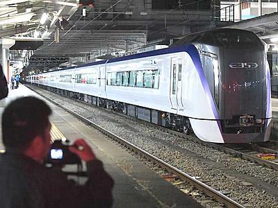 新型「あずさ」量産車 松本駅に初登場