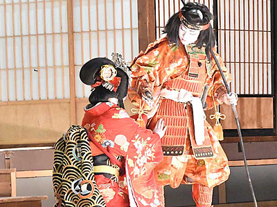 大鹿歌舞伎、中学生が熱演 秋の定期公演に観客1000人