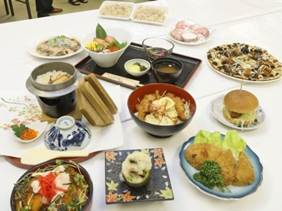 創作サケ料理召し上がれ 8飲食店が提供 寺泊