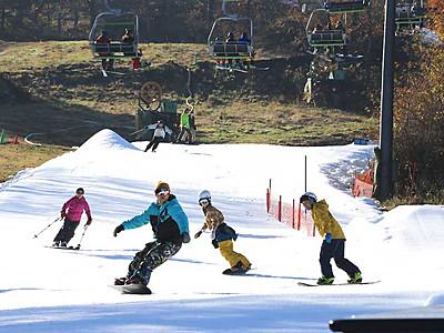 軽井沢、初滑りも紅葉も満喫 県内トップ切りオープン
