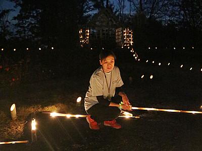 竹灯籠晩秋彩る 氷見、庭園に1500個