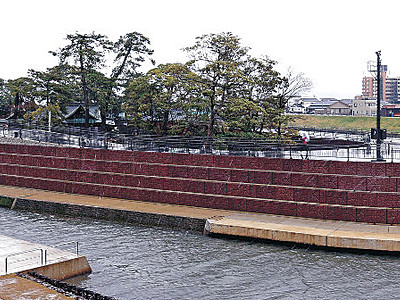 小松天満宮、浮島化 建造物保存と治水両立