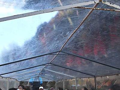 「こたつ舟」冬の川下り楽しむ 飯田・天竜川で運航開始