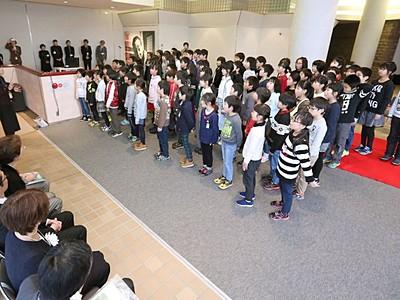 歌で写真で堀口大学知る 新潟県立近代美術館で2日開幕