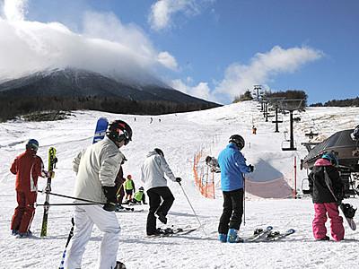 御嶽山麓にスキーシーズン 2施設オープン