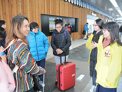 長野駅で外国人観光客に「おせっかい」