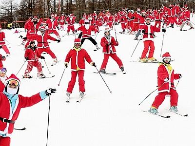 サンタ仮装スキーヤー募る ジャム勝山