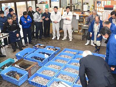 恵み回復へ、水揚げ順調 諏訪湖漁協2季ぶり「初市」