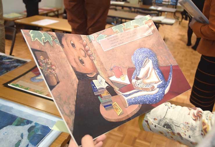 絵本部門で大賞に決まった「トカゲのともだち」