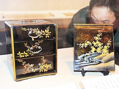 古典文学を美術で表現 福井市郷土歴博
