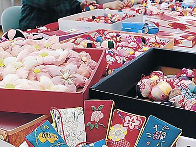 鮮やか「つるし飾り」準備着々 美川で3月ふくさげ祭り