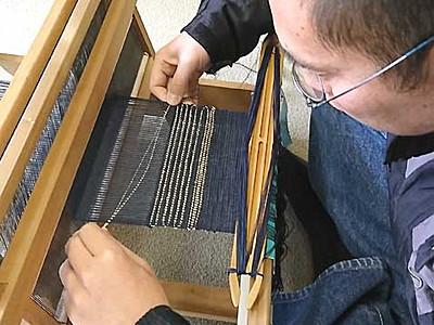 遠山郷の手工芸、体験民泊をPR 「ふじ糸伝承の会」