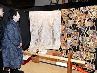 南越前・右近家で昭和初期の婚礼衣装展