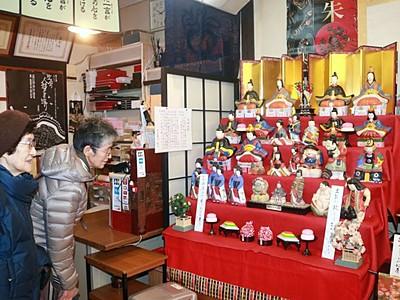 城下町豪華に彩る 町屋の人形さま巡り開幕 村上