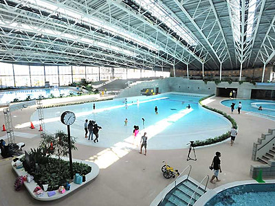 サンマリーンに笑顔 プールや風呂...長野市が再整備